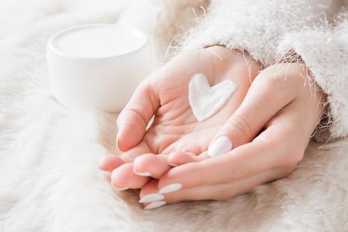 Как правильно увлажнять кожу рук