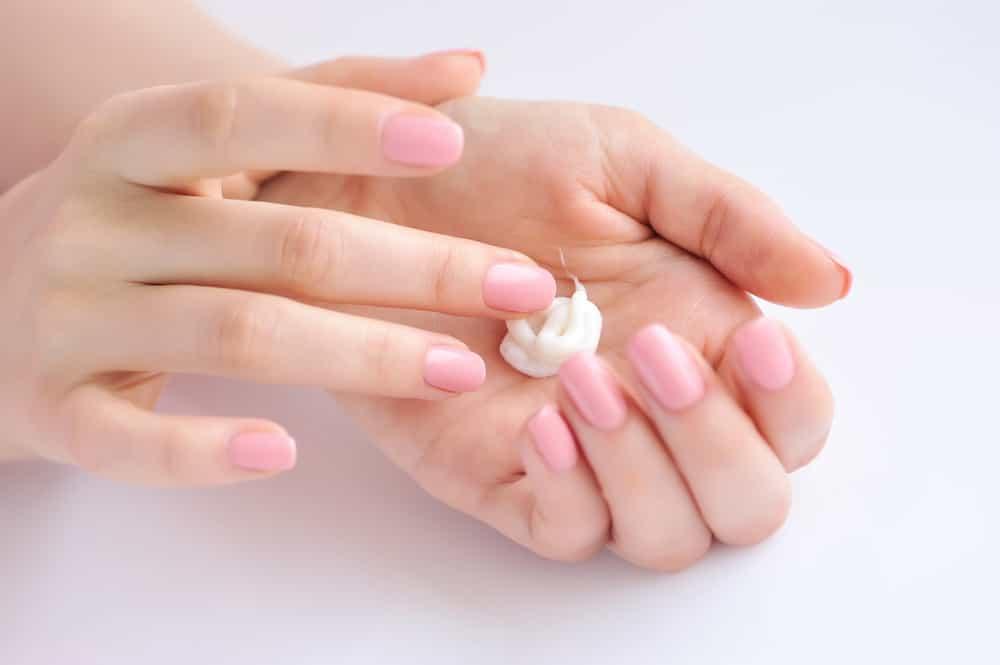 Как часто пользоваться кремом для рук